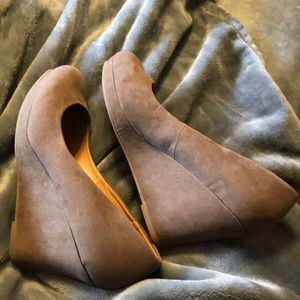 Mocha colored suede wedges size 11 Maurice's